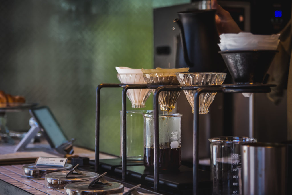 melanie-boehme-coffee-photography-pour-over