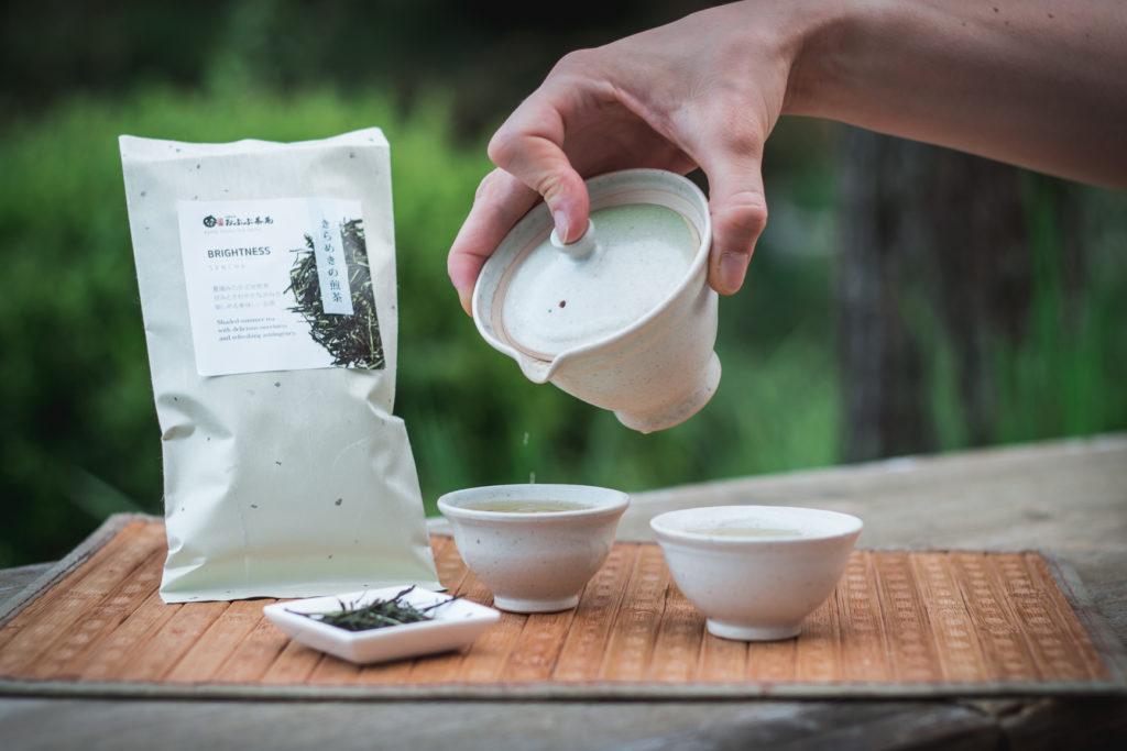 food-journalistin-fotografin-kaffee-tee-melanie-boehme-photography-tea-pour