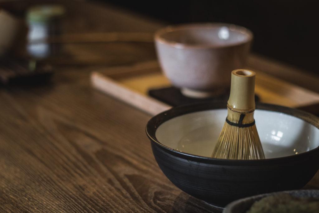 food-journalistin-fotografin-kaffee-tee-melanie-boehme-photography-matcha-bowl-whisk