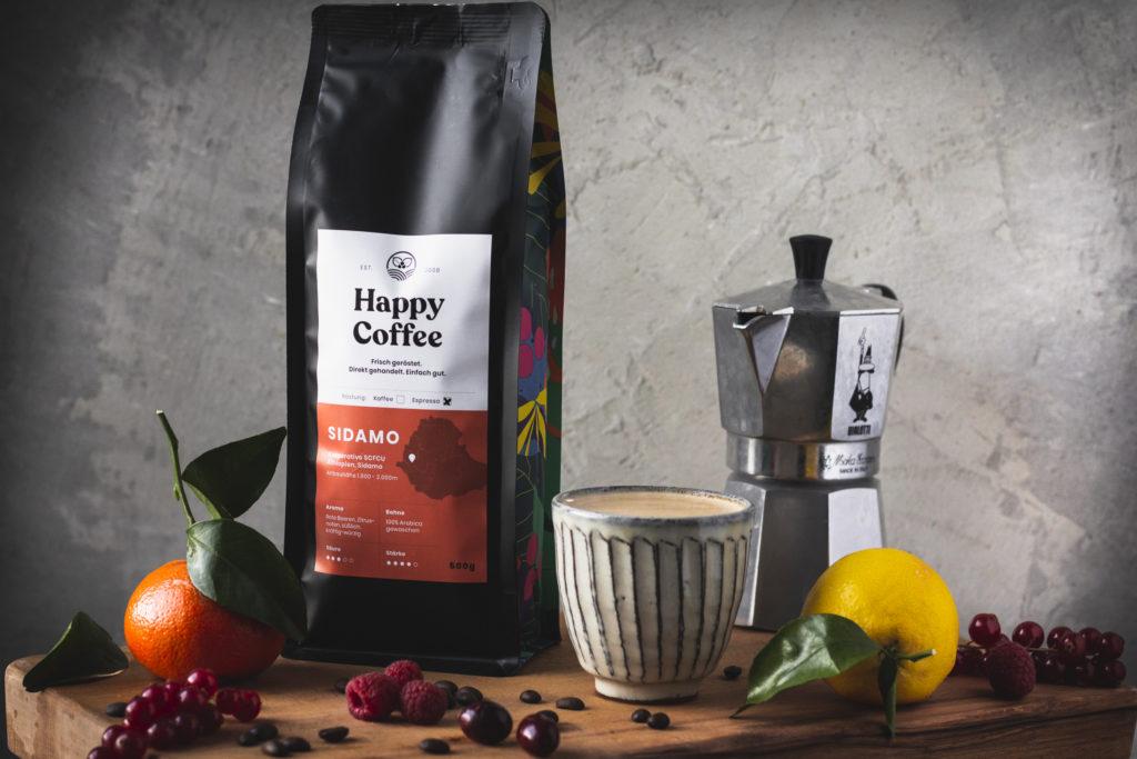 food-journalistin-fotografin-kaffee-tee-melanie-boehme-photography-happy-coffee-mood-shot-espresso-side-view